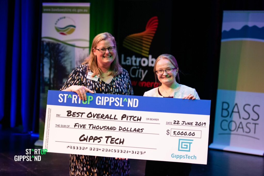 StartupGippslandShowcase Laura Eddington Little Bumble winner